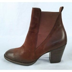 🎉1HR SALE🎉 Paul Green Ankle Boots